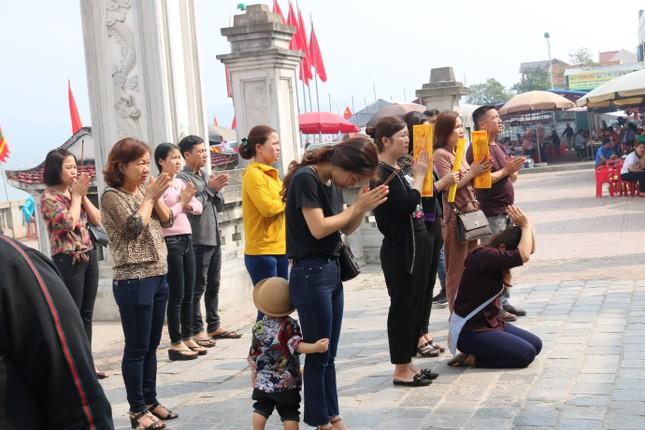 Hà Nội, Nghệ An tạm dừng nhiều lễ hội để phòng dịch corona ảnh 1