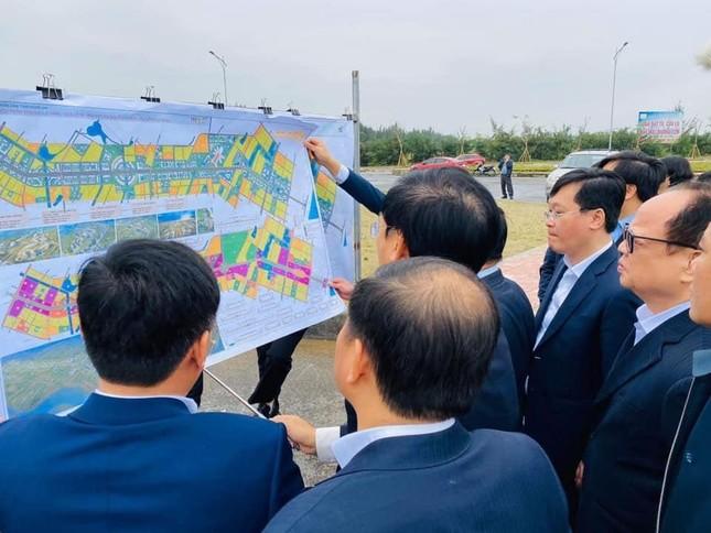 Nhiều lãnh đạo tỉnh Nghệ An cách ly tại nhà sau khi làm việc với đoàn Bộ KH&ĐT ảnh 1