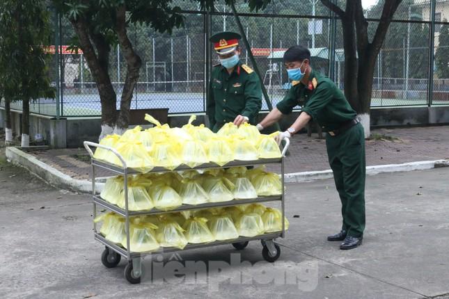 'Mục sở thị' 2 khu cách ly tập trung tại tỉnh Nghệ An ảnh 8