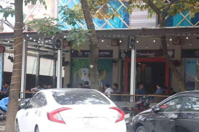 Nghệ An: Bất chấp 'lệnh cấm', nhiều quán cà phê mở cửa đón khách ảnh 5