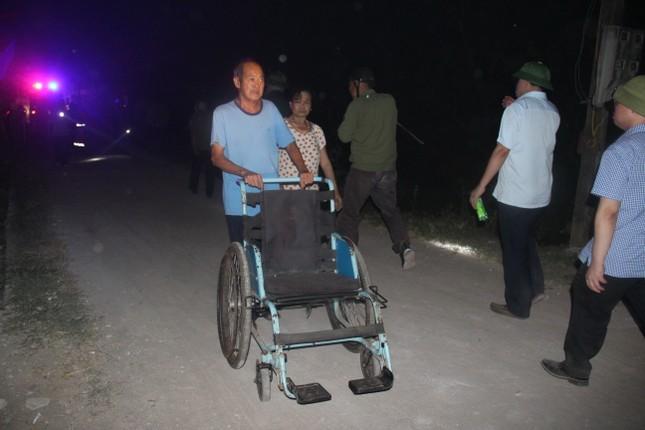 Di dời trên 200 hộ dân gần khu vực cháy rừng ở Nghệ An ảnh 2