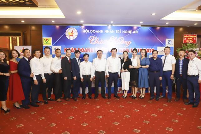 Khen thưởng các doanh nghiệp, doanh nhân tiêu biểu Nghệ An năm 2020 ảnh 1