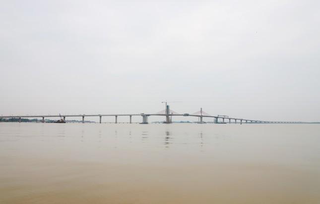 Hợp long cầu Cửa Hội bắc qua sông Lam nối 2 tỉnh Nghệ An, Hà Tĩnh ảnh 3