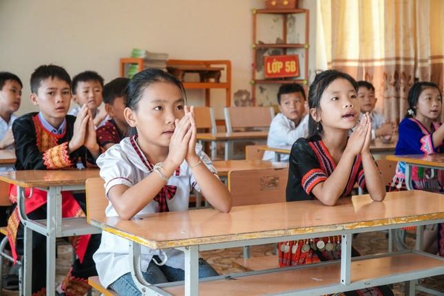 Nhiều trường ở Nghệ An cho học sinh nghỉ học phòng tránh bão số 7 ảnh 1