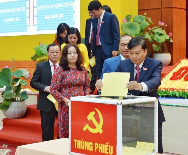 Kết quả bầu Ban Chấp hành Đảng bộ tỉnh Nghệ An khóa 19 ảnh 3