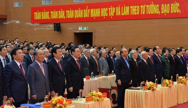 Thủ tướng Nguyễn Xuân Phúc dự khai mạc Đại hội Đảng bộ tỉnh Nghệ An ảnh 1