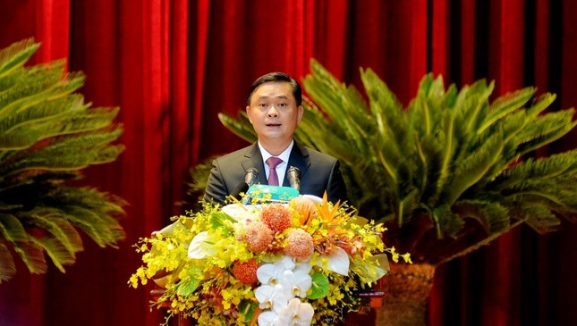 Thủ tướng Nguyễn Xuân Phúc dự khai mạc Đại hội Đảng bộ tỉnh Nghệ An ảnh 3