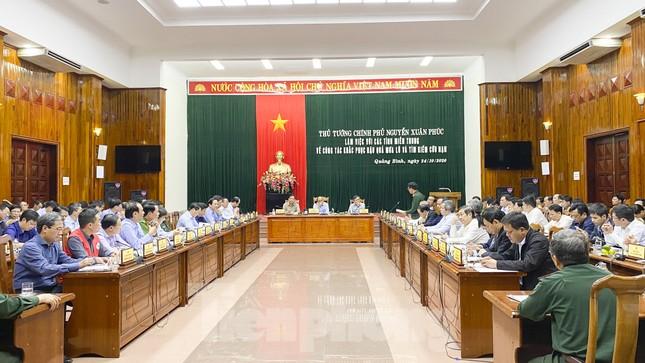 Chính phủ cấp 500 tỷ đồng cho các tỉnh miền Trung khắc phục hậu quả mưa lũ ảnh 1