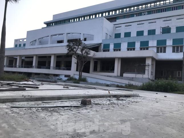 Bên trong dự án bệnh viện nghìn tỷ chậm tiến độ ở Nghệ An ảnh 3