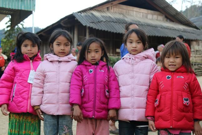 Mang Tết ấm đến với người nghèo ở miền Tây xứ Nghệ ảnh 13