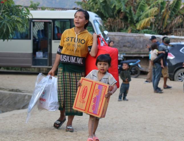 Mang Tết ấm đến với người nghèo ở miền Tây xứ Nghệ ảnh 9