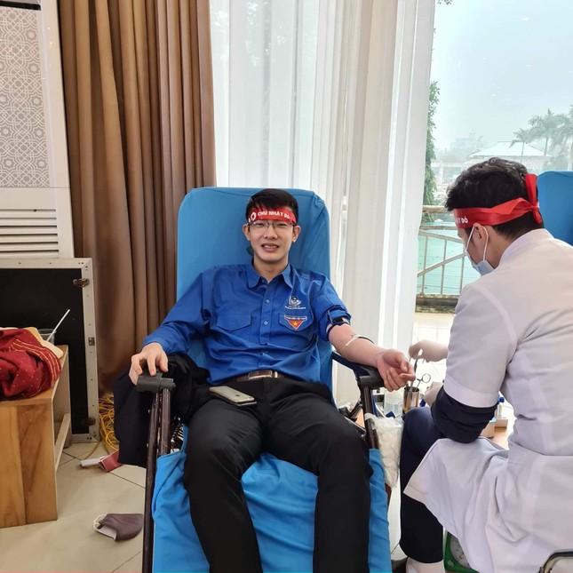 'Chủ nhật Đỏ' ở Nghệ An tiếp nhận đơn vị máu vượt 145% so với kế hoạch ảnh 1