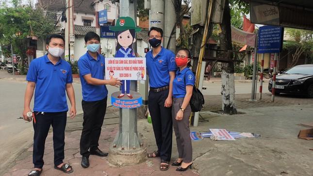 Thanh niên Hà Tĩnh tuyên truyền chống dịch COVID-19 bằng hình chibi ngộ nghĩnh ảnh 3