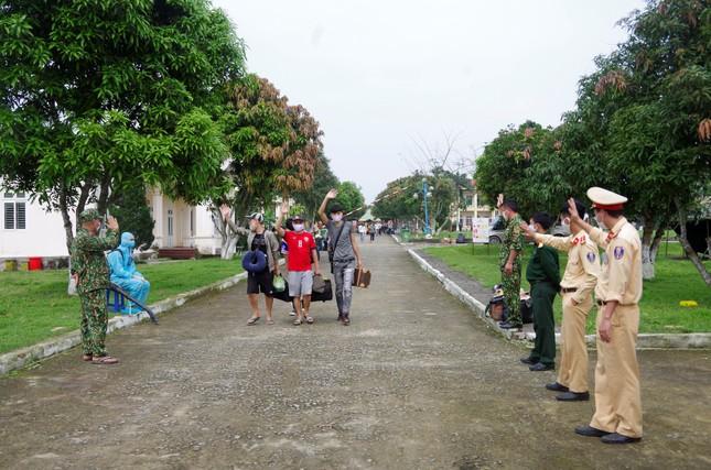 Hơn 600 công dân hoàn thành thời gian cách ly tại Hà Tĩnh ảnh 6