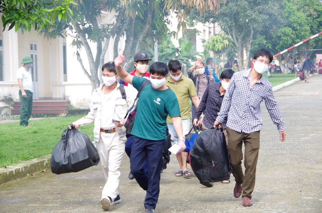 Hơn 600 công dân hoàn thành thời gian cách ly tại Hà Tĩnh ảnh 2