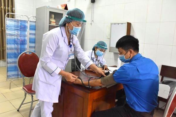 Thanh niên Hà Tĩnh 'hiến máu an toàn, không ngại Covid' ảnh 3