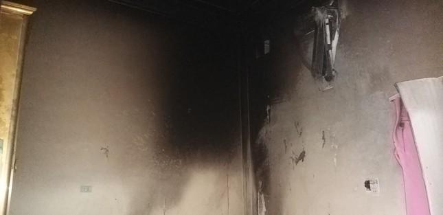 Cháy phòng ngủ lúc rạng sáng, 4 người bị bỏng nặng ảnh 1