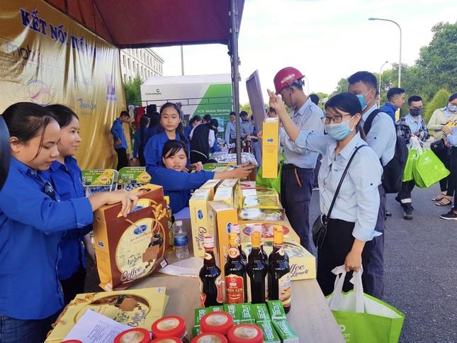 'Gian hàng 0 đồng' ấm lòng thanh niên công nhân ở Hà Tĩnh ảnh 8