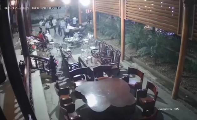 Tin mới vụ 20 người xông vào nhà dân chém người ngày Tết ảnh 1
