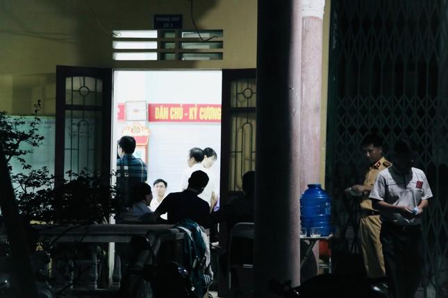 Công an Hà Tĩnh xuyên đêm làm thẻ căn cước công dân ảnh 11