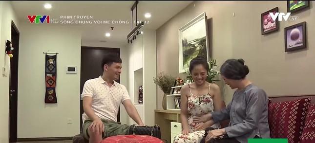 Thu Quỳnh: Học 'mẹ bỉm sữa' khi đóng Sống chung với mẹ chồng ảnh 1