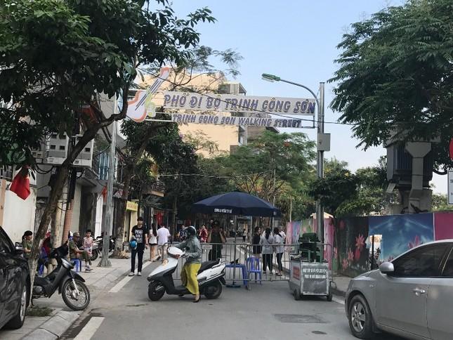 Vì sao phố đi bộ Trịnh Công Sơn chưa hút khách? ảnh 7