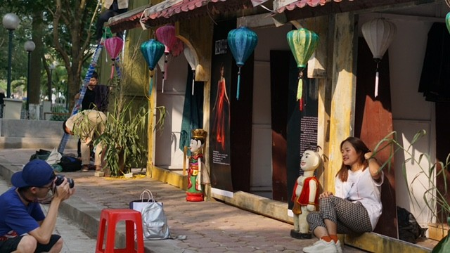 Vì sao phố đi bộ Trịnh Công Sơn chưa hút khách? ảnh 2