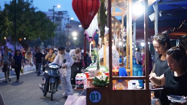 Vì sao phố đi bộ Trịnh Công Sơn chưa hút khách? ảnh 6