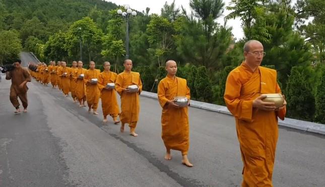 Quảng Ninh yêu cầu chùa Ba Vàng chấm dứt cúng vong ảnh 1