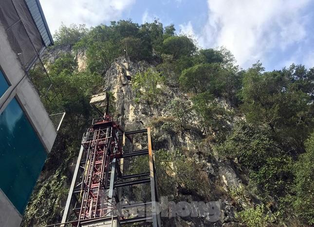 Siêu dự án 'bạt núi' làm du lịch ở Lũng Cú: Hà Giang khẳng định 'đúng quy hoạch' ảnh 2