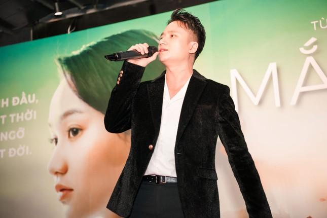 Phan Mạnh Quỳnh và Victor Vũ đưa 'Mắt Biếc' ra mắt ở Hà Nội ảnh 6