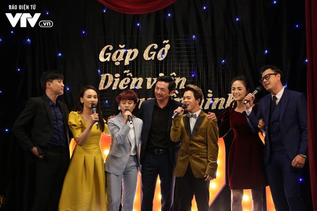 Thu Quỳnh, Thanh Hương, Phương Oanh quẩy tưng bừng 'Đi đu đưa đi' ảnh 4