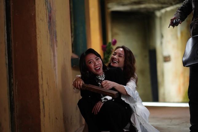 Bảo Thanh kể lại cảnh đổ máu thật khi diễn cùng Thu Trang ảnh 4