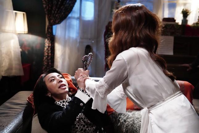 Bảo Thanh kể lại cảnh đổ máu thật khi diễn cùng Thu Trang ảnh 2