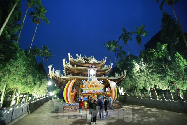 Chùa Hương dự kiến đón gần 5 vạn khách ngày khai hội ảnh 4