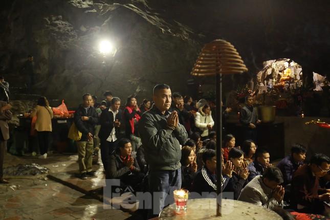 Trẩy hội chùa Hương cẩn trọng nguy cơ dịch Corona từ thịt thú rừng ảnh 5
