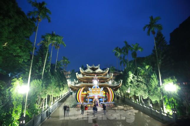 Trẩy hội chùa Hương cẩn trọng nguy cơ dịch Corona từ thịt thú rừng ảnh 6