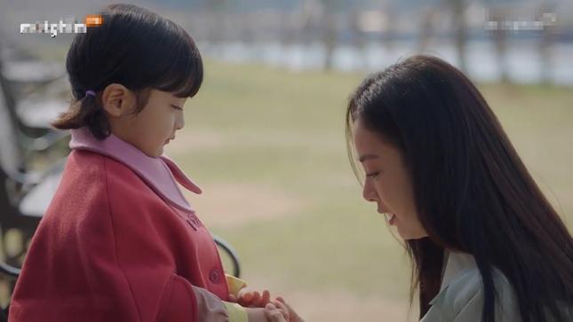 Kết phim đẫm nước mắt nhưng ấm áp của 'Chào mẹ tạm biệt' ảnh 3