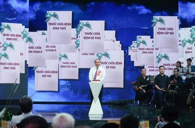 Thủ tướng nhấn nút ATM 'thuốc' chữa những căn bệnh nguy hiểm ảnh 2