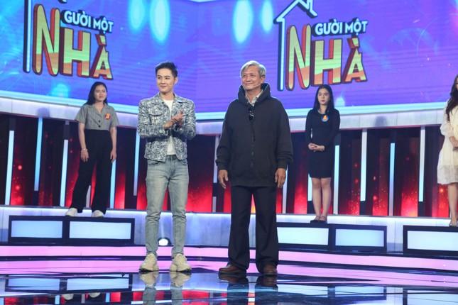 Thanh Duy Idol 'cầm trịch' gameshow Người một nhà sắp lên sóng VTV3 ảnh 1