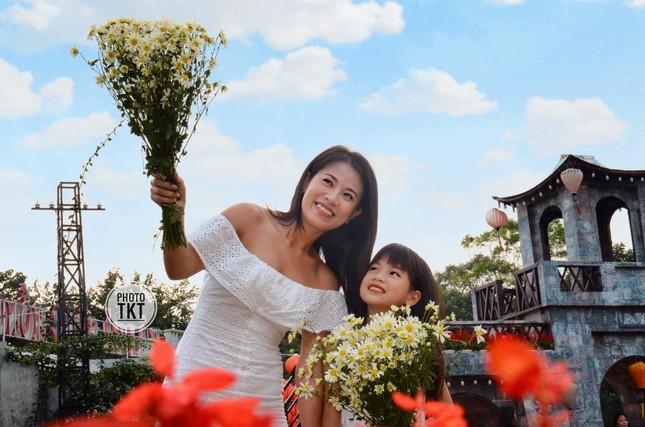 Diễn viên Khuất Quỳnh Hoa hiện ra sao sau 10 năm làm mẹ đơn thân? ảnh 6