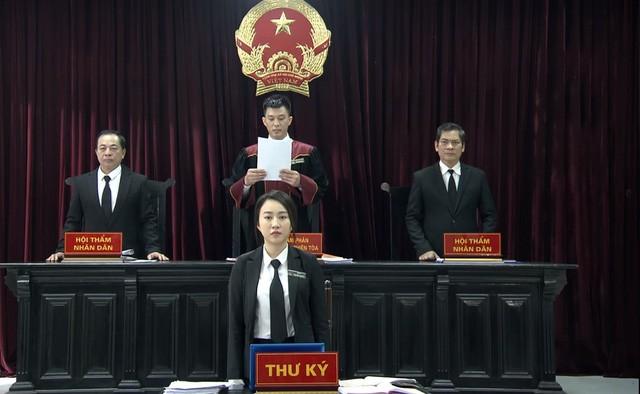 Tòa án nhân dân tối cao đề nghị cán bộ xem phim giờ vàng 'Lựa chọn số phận' ảnh 1