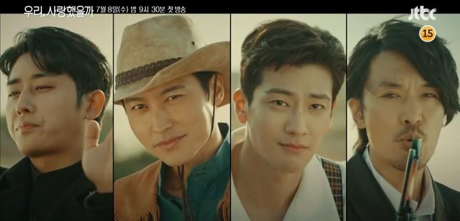 Song Ji-hyo 'mắc kẹt' với 4 người đàn ông của 'Phải chăng ta đã yêu' ảnh 3