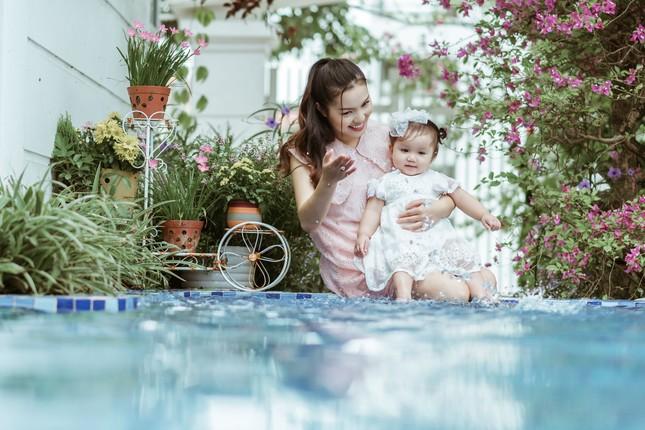 Ngọc Anh tiết lộ về chồng con, cho cả giúp việc lên hình trong 'Như mẹ vẫn ru' ảnh 1