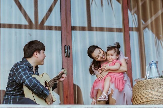 Ngọc Anh tiết lộ về chồng con, cho cả giúp việc lên hình trong 'Như mẹ vẫn ru' ảnh 2