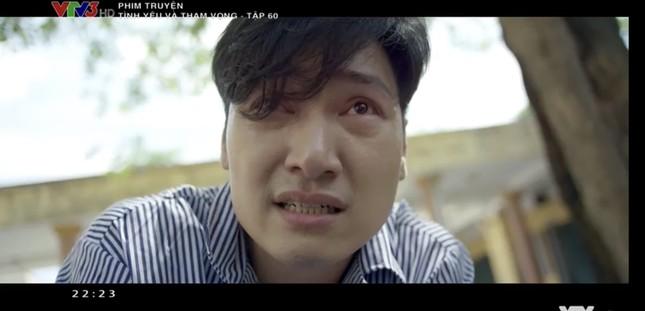 Tình yêu và tham vọng tập cuối: Phong cầm súng dọa bà Khuê (NSND Minh Hòa), Linh trúng đạn ảnh 5