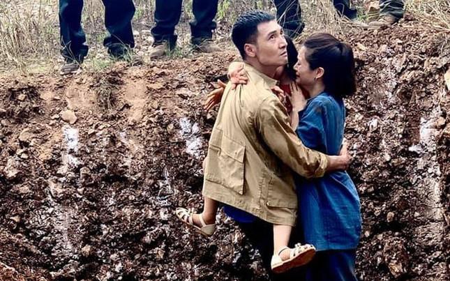 Mạnh Trường sánh vai Kiều Anh 'Phía trước là bầu trời' trong phim mới ảnh 2