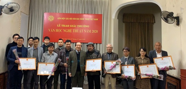 'Về nhà đi con' được tặng Giải thưởng Hội Liên hiệp Văn học nghệ thuật Việt Nam ảnh 1