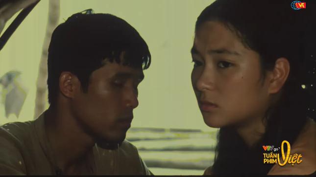 Hoa hậu Nguyễn Thị Huyền kể phải quay 20 lần cảnh hẹn hò trong 'Thời xa vắng' khi 18 tuổi ảnh 1