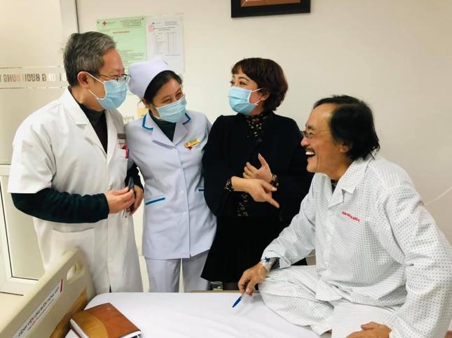 Nghệ sĩ Giang Còi nhập viện điều trị, nghi có khối u ảnh 2